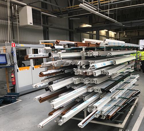 usine Oknoplast menuiseries VEKA par Clausio Group