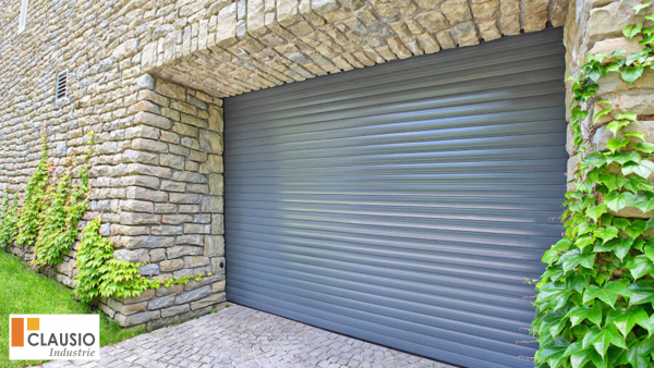 porte de garage enroulable Clausio Group